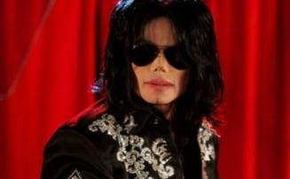 Michael Jackson avea 38 de urme de injectii de corp