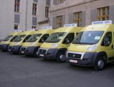 Microbuze scolare folosite pentru transport la petreceri de partid - se cere ancheta