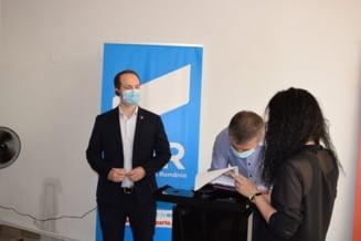 Mihai Botez, candidatul USR - PLUS la sefia CJ: Incompetenta si politizarea, franele dezvoltarii judetului