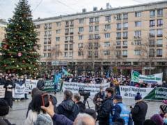 """Mihai Chirica i-a certat pe organizatorii protestului pro-autostrada de la Iasi. Vicepresedinte asociatie: """"Un astfel de mincinos si-a meritat acel iaurt"""""""