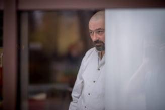 Mihai Plesu nu va fi arestat. Avocat: Cultura de cannabis era formata din 4 ghivece, pe niciunul nu scria Plesu