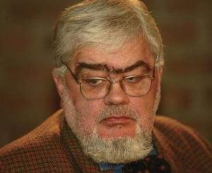 Mihai Razvan Ungureanu: Doar Andrei Plesu a avut grija de arhiva MAE