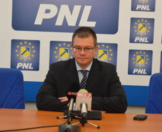 Mihai Razvan Ungureanu, apel la parlamentari: Votul oricaruia este important