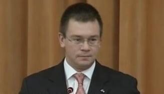 Mihai-Razvan Ungureanu prezinta miercuri lista viitorului guvern