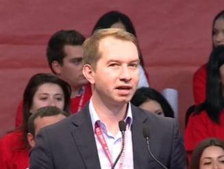 Mihai Sturzu a fost ales presedintele Tineretului Social Democrat
