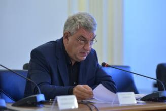 Mihai Tudose a mintit in CV. Nu a fost lector si conferentiar universitar la Academia Nationala de Informatii
