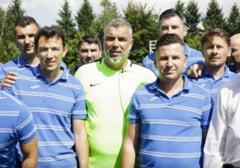 Mihalcea si Oprescu, instruiti de Olaroiu la cursurile PRO UEFA