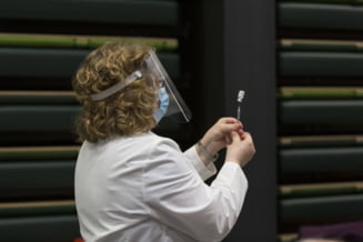 Mii de cadre medicale din New York vor fi concediate pentru că au refuzat vaccinarea obligatorie împotriva COVID-19