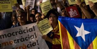 Mii de catalani au plecat de la munca pentru a protesta fata de arestarea liderilor separatisti (Video)