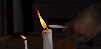 Mii de constanteni au primit Lumina de Paste adusa de pe mare de Arhiepiscopul Tomisului