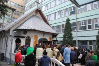 Mii de credinciosi au participat la slujba de Boboteaza