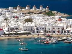 Mii de locuri de munca pentru tineri, in hoteluri de lux din Cipru si Grecia