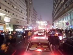 Mii de oameni au cerut in strada demisia lui Ponta