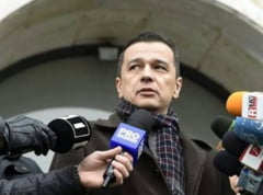 Mii de protestatari se indreapta spre Guvern; Grindeanu s-a intors in tara si a tinut sedinta in aeroport