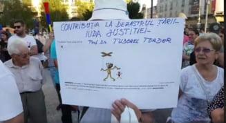 Mii de romani au iesit in strada, in marile orase din tara, solidari cu protestul diasporei Update