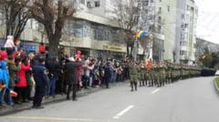 Mii de slatineni prezenti la manifestarile organizate de Ziua Nationala a Romaniei