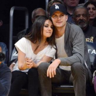 Mila Kunis confirma: S-a casatorit cu Ashton Kutcher
