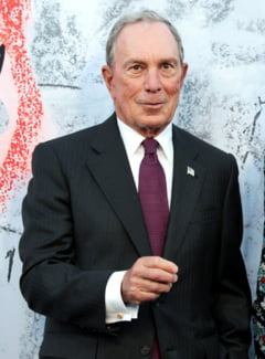 Miliardarul Michael Bloomberg s-a inscris in Partidul Democrat si ar putea candida impotriva lui Donald Trump la urmatoarele alegeri