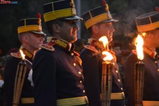 Militarii, aproape de a primi pensii speciale - Oprea: Nu sunt niste privilegii