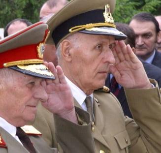Militarii pensionati ar putea ramane in activitate pana la 60 de ani