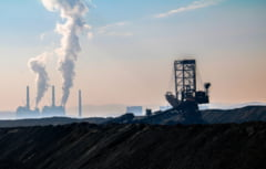 Minerii din Oltenia au renuntat la greva foamei dupa ce li s-au promis salarii mai mari