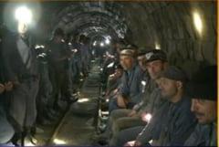 Minerii din Valea Jiului, in greva foamei pentru 100 de lei in plus la salariu