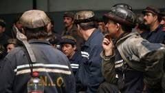 Minerii protesteaza in subteran: 1.100 de ortaci au intrat in greva foamei