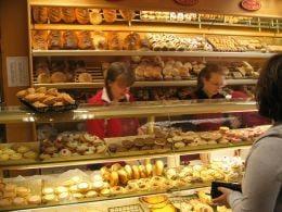 Ministerul Agriculturii: Lipsa de comunicare scumpeste painea
