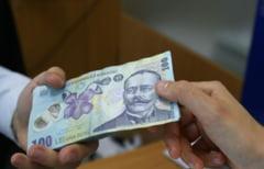 Ministerul Educatiei: Bursele pentru studenti se acorda si pe perioada vacantei de vara