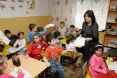 Ministerul Educatiei a deblocat aproape 600 de posturi didactice auxiliare si nedidactice