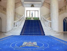 Ministerul Justitiei a fost dat in judecata. Se cere sa fie obligat sa supuna dezbaterii publice Legile Justitiei