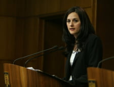 Ministerul Justitiei neaga nominalizarea Alinei Bica pentru functia de procuror general