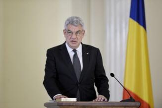 Ministrii din Guvernul Tudose au depus juramantul. Au inceput cu un dus rece administrat de presedintele Iohannis