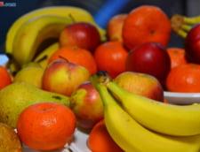 Ministrul Agriculturii: Oficiali europeni plecau din Romania cu ladite de fructe, acum mancam din import