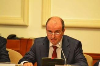 Ministrul Agriculturii ii linisteste pe ciobani: Prevederile, modificate cert pana la finalul anului