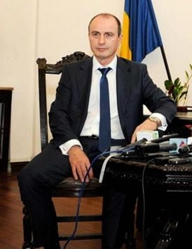 Ministrul Agriculturii spune ca in Romania se vinde peste cu viermi: Reactia importatorilor