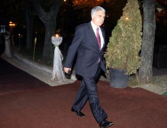 Ministrul Culturii, despre prezenta lui Adrian Severin la Ateneu: Face parte din istoria acestei tari. Voiati sa stea pe scari?
