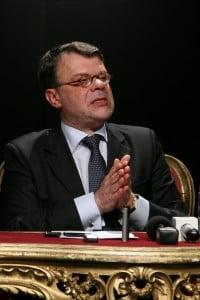Ministrul Daniel Barbu se scuza pentru afirmatiile facute la Craiova