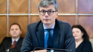 """Ministrul Economiei: """"Suntem in criza economica, dar este suprapusa peste o criza sanitara"""""""