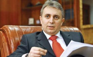 Ministrul Economiei: Companii mari, cu legaturi cu Rusia, vor Oltchim si Arpechim