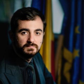 Ministrul Economiei sare in apararea lui Tolontan: Nu va lasati intimidati! Nu conteaza pe cine investigati, puteti sa ma investigati si pe mine