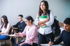 Ministrul Educatiei: 2,5% din numarul total de scoli nu vor putea sustine simularea la Limba si Literatura Romana, fiind in localitati carantinate