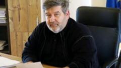 Ministrul Educatiei, somat de magistrati sa spuna de ce intarzie verdictul in cazul presupusului plagiat al lui Lucian Netejoru