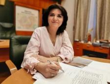 Ministrul Educatiei anunta un parteneriat cu TVR pentru filmarea cursurilor. Orban: Vreti sa le cresteti audienta?