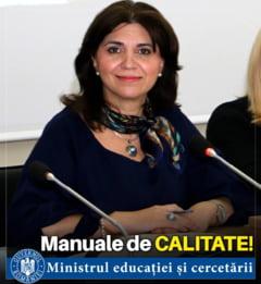 Ministrul Educatiei asteapta sugestii: Cum sa arate viitoare manuale ca sa-i apropie pe copii de situatii reale de viata