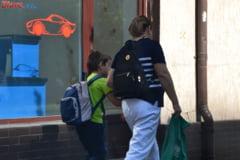 Ministrul Educatiei crede ca elevii ar trebui sa-si faca temele la scoala - Ce spun parintii