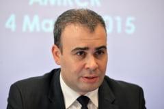 Ministrul Finantelor Darius Valcov, audiat la DNA. Surse - este cercetat pentru fapte de coruptie