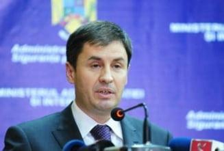 Ministrul Igas va da explicatii deputatilor, privind violentele de la proteste