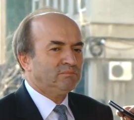 Ministrul Justitiei anunta ca evaluarile lui Kovesi si Lazar sunt aproape gata. Procurorul general: Sunt relaxat si optimist