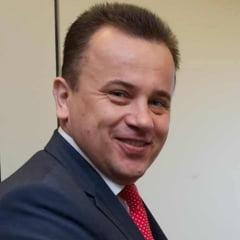 Ministrul Liviu Pop vrea sa schimbe sistemul de invatamant. Il da exemplu pe Dumnezeu, care a facut lumea in 6 zile